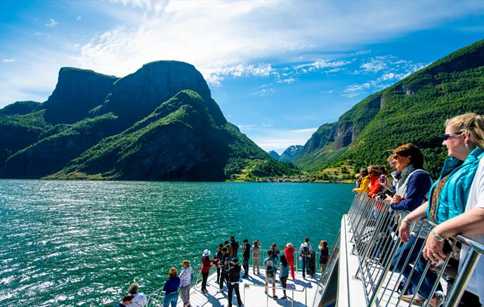 Fjord cruise between Gudvangen and Flåm